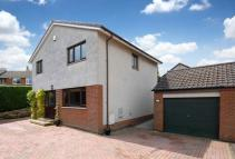 4 bed Detached home in 9 Pitdinnie Place...