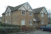 Flat to rent in Raven Close, Colindale...