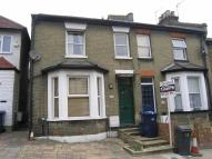 Flat to rent in Florence Street, Hendon...