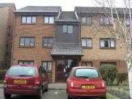 Flat to rent in Curie Gardens, Colindale...