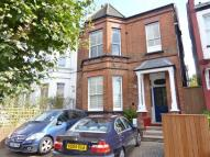 Flat in Mount Road, Hendon, NW4