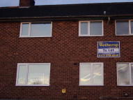 Flat to rent in Knollbeck Avenue...