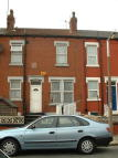 Terraced house to rent in Longroyd Place, Beeston