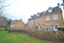 3 bed house to rent in Stoke Park