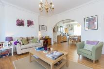 1 bedroom Flat to rent in Dunrobin Court...