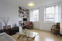 Flat to rent in Mortimer Crescent, NW6