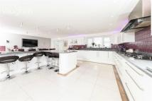 7 bed Detached property for sale in Glynn Road, PEACEHAVEN...
