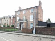 Flat to rent in Salop Road, Welshpool...