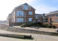Flat to rent in Hilton Drive, Rhyl