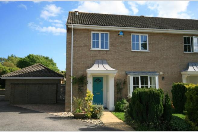 Waterford Close, Whitecliff, BH14 8FA