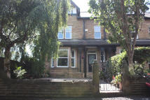 5 bed End of Terrace home in Park Avenue, Batley, WF17