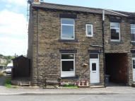 2 bed End of Terrace property to rent in Victoria Street, Batley...