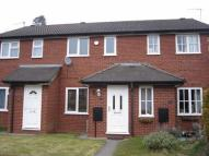 Terraced property to rent in Shaftesbury Close...