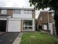 3 bed semi detached property to rent in Wrekin Drive, BROMSGROVE...