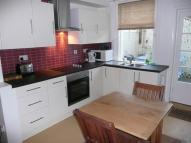 2 bedroom home to rent in Cross Street, Cowes, PO31