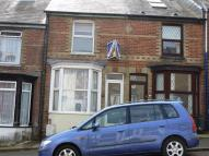 2 bedroom Terraced property to rent in Stanley Road, Cowes, PO31