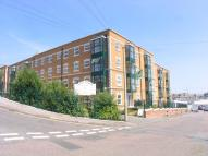 Apartment in Medina Gardens, Cowes...