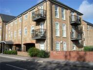 Flat to rent in Wheatsheaf House...