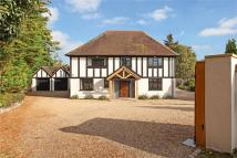5 bedroom Detached house in Hills Lane, Cookham Dean...
