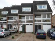 Terraced property to rent in Institute Road, Marlow...