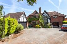 5 bedroom Detached home in Camley Park Drive...