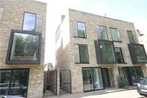 semi detached house to rent in Henslow Mews, Cambridge...
