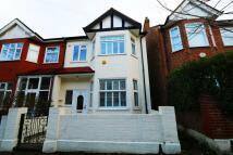 3 bedroom Terraced property in Stuart Road...