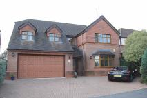 Detached property in Greenview Drive, Norden...