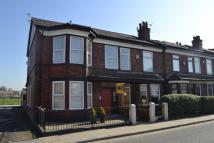 Flat in 384 Bury New Road...