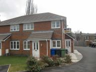 2 bed Flat to rent in Sims Close, Ramsbottom...