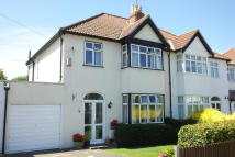 3 bedroom semi detached house in Leckhampton