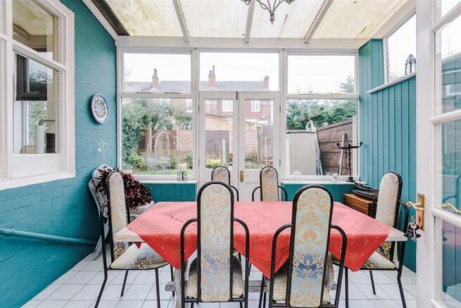 Summer Room/Dining Room