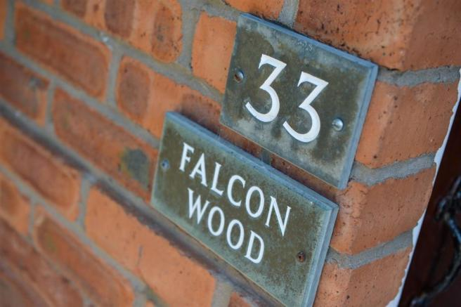 33 Falconwood
