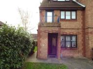 Flat to rent in Kenwyn Road, Dartford...