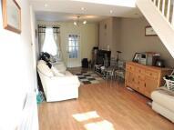 2 bedroom semi detached house to rent in Hawley Road, Dartford...