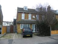 Apartment to rent in Victoria Park, Herne Bay...