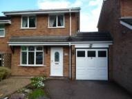 3 bedroom semi detached house to rent in Gratley Croft, Cannock