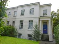 2 bed Flat to rent in London Road GL52 6HF
