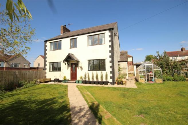 4 bedroom detached house for sale in nant mawr road for Buckley house