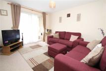Flat for sale in Windlesham Close...