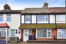 Terraced property to rent in St Aubyns Road, Portslade