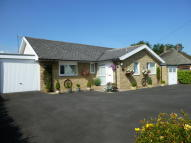 3 bed Detached Bungalow in HILL CREST AVENUE...