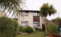 2 bedroom Flat in Birch Close...