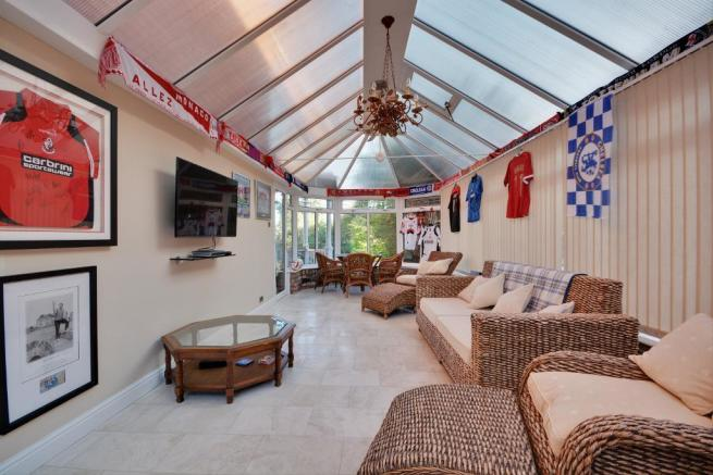 Conservatory/Sports Room
