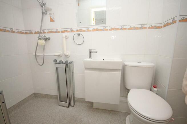 En-Suite Wetroom/Wc