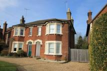 4 bed semi detached property in Aylesbury Road, Tring