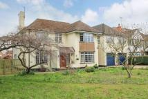 6 bedroom Detached home in London Road...
