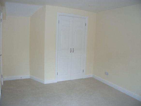 Fitted wardrob...
