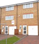 Terraced property to rent in Fermor Crescent, Luton...