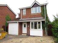 Detached house in Gloucester Close...